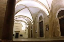 Portico della chiesa Cattedrale a Rieti