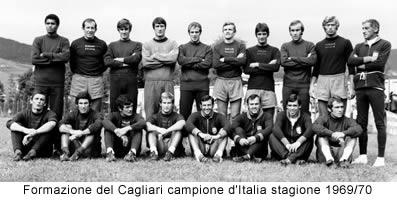 Manlio Scopigno con la formazione del Cagliari campione d'Italia stagione 1969/70