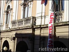 I lavoratori Ritel occupano l'aula consiliare del Comune di Rieti