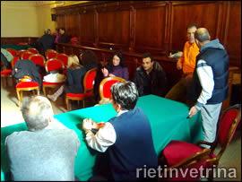 Lavoratori Ritel nell'aula consiliare