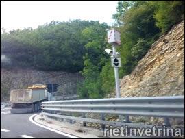 Controllo velocità nella via Salaria per Roma