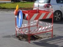 tombino_galleria_servizi_strada_operai_1.JPG