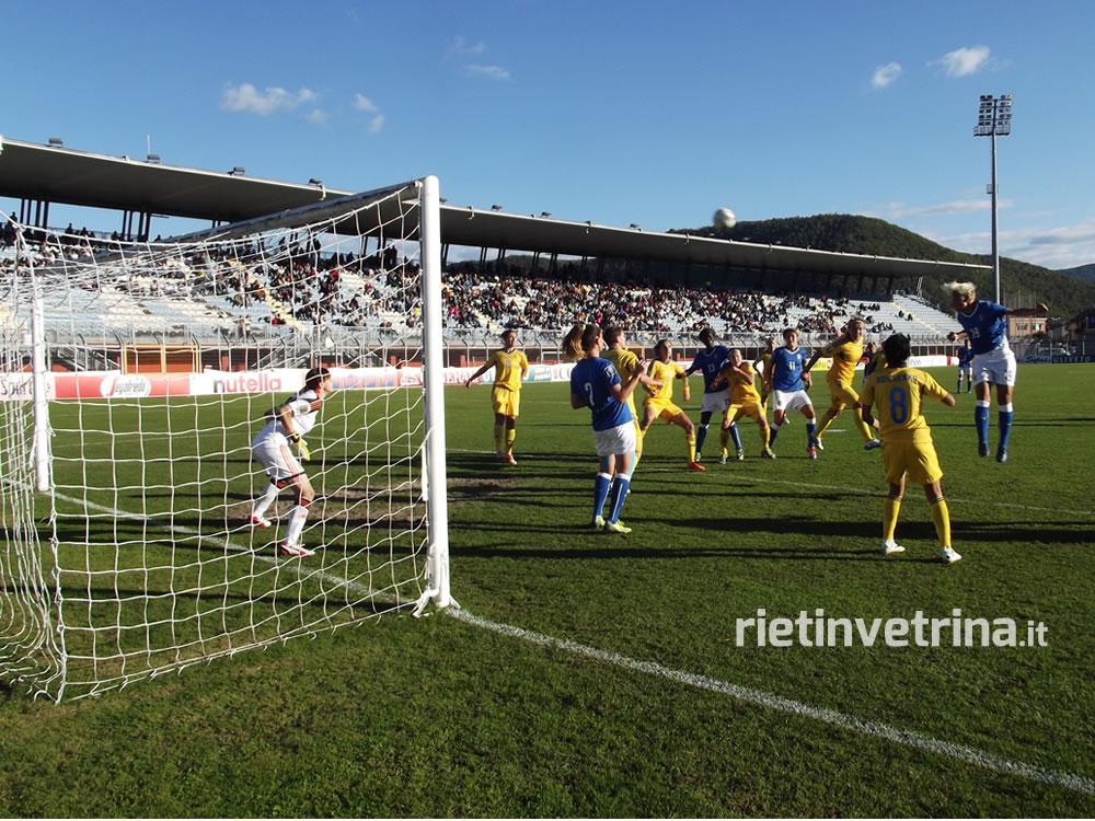 nazionale_italiana_di_calcio_femminile_italia_ucraina_25_10_14_m