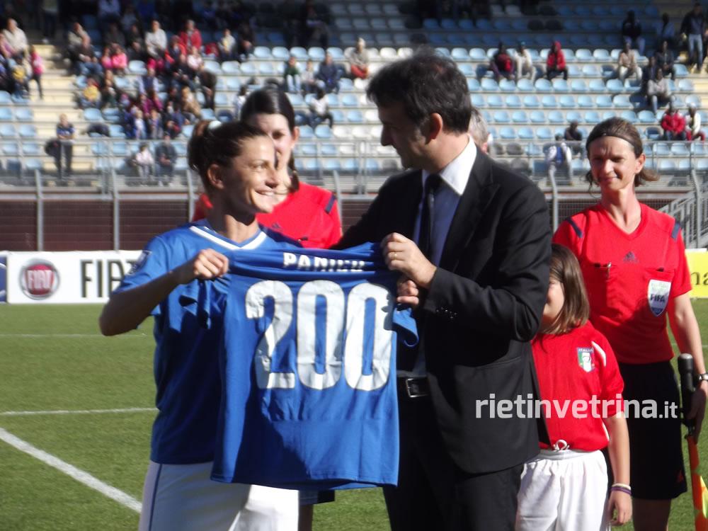 nazionale_italiana_di_calcio_femminile_italia_ucraina_panico_200_presenze_25_10_14_c