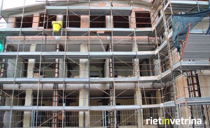 castelnuovo_di_farfa_edifici_costruzioni_1.JPG