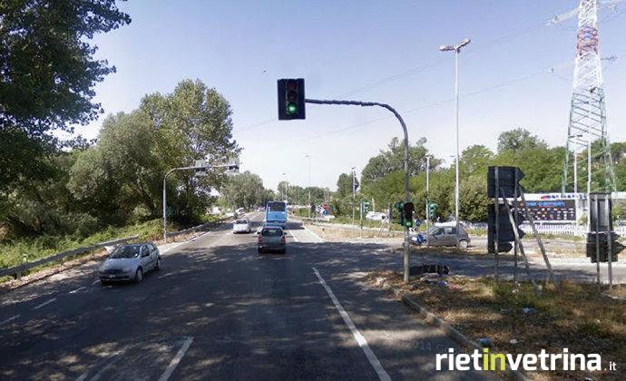 Salaria per roma una rotatoria al posto del semaforo di - Piscina passo corese ...