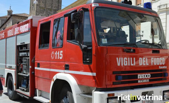 vigili_del_fuoco_antincendio_autopompa_1