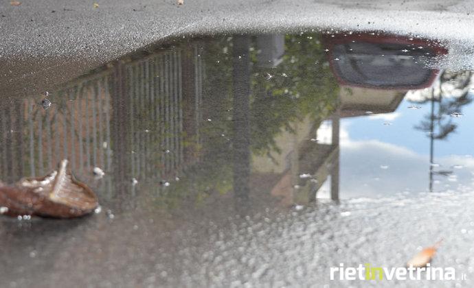 maltempo_pioggia_pozzanghera_2