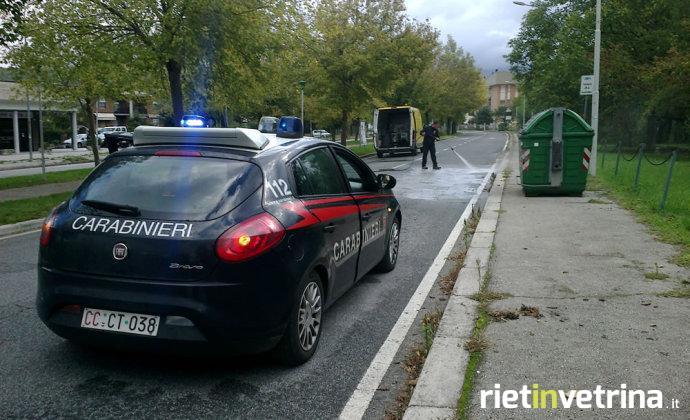 incidente_tamponamento_auto_viale_de_juliis_16_10_15_a