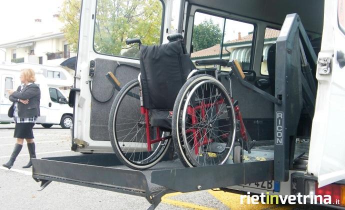 pulmino_scuolabus_disabili_1