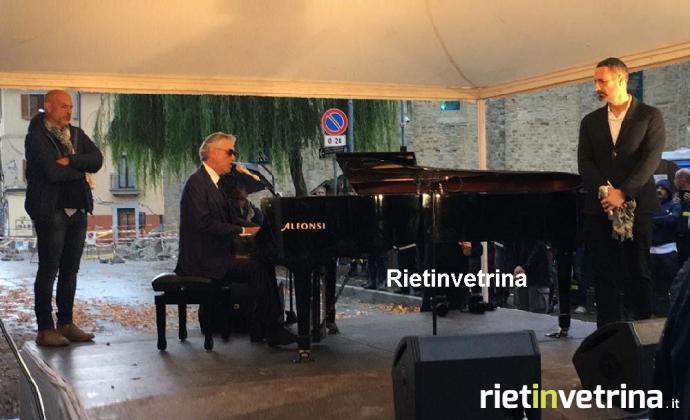 La voce di Bocelli incanta tra le macerie di Amatrice