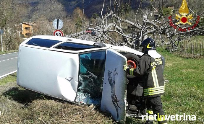 incidente_auto_foto_pompieri_2