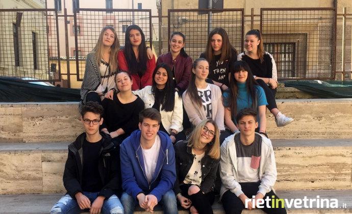 studenti_liceo_classico_progetto_ja_sottosopra