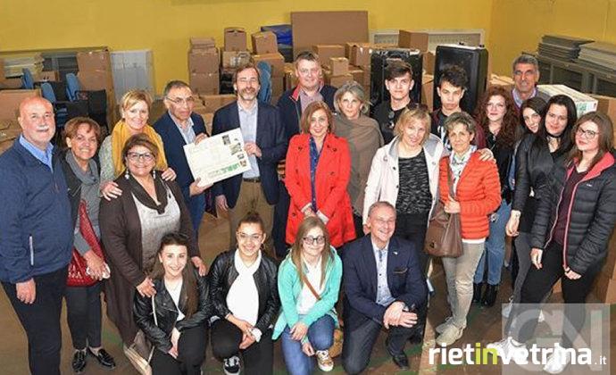 nordhorn_dona_15mila_euro_all_istituto_savoia_ragioneria_di_rieti_1