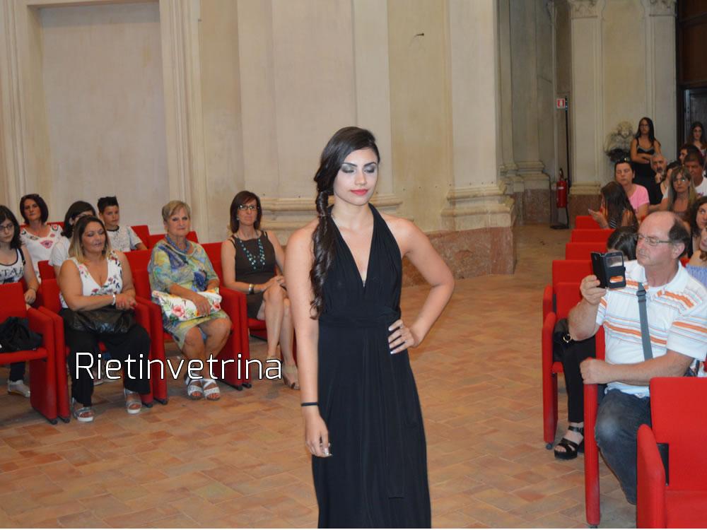 sfilata_per_accumoli_modelle_8