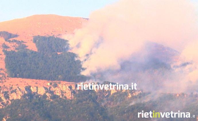 Monte Giano, incendio distrugge la scritta DUX