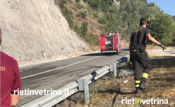 incendio_monte_giano_sopra_atrodoco_rimozione_massi_caduti_sulla_strada_22_08_17