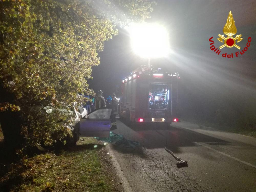 incidente_stradale_sommavilla_collevecchio_vigili_del_fuoco_5