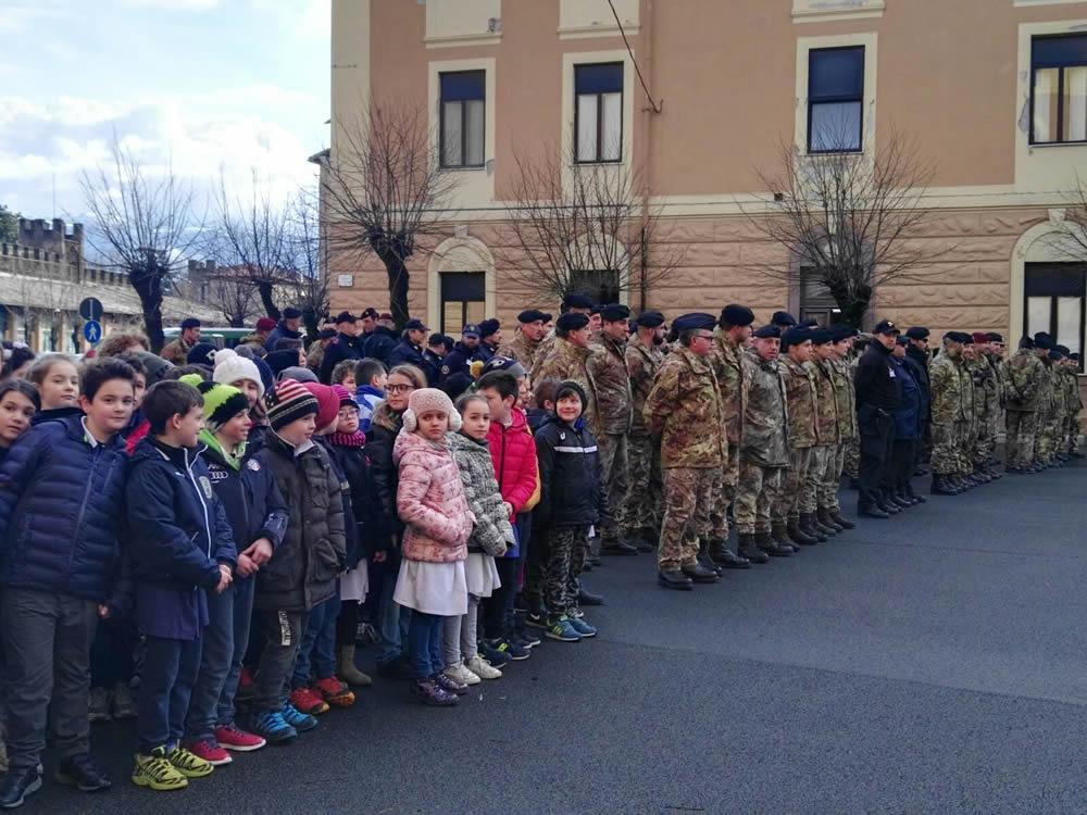 scuola_marconi_esercito_caserma_verdirosi_giornata_unita_nazionale_costituzione_badiera_italiana_1
