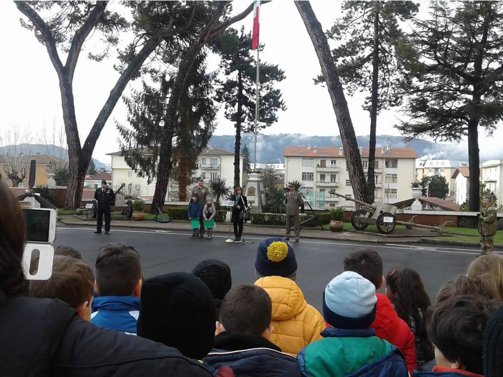 scuola_marconi_esercito_caserma_verdirosi_giornata_unita_nazionale_costituzione_badiera_italiana_2