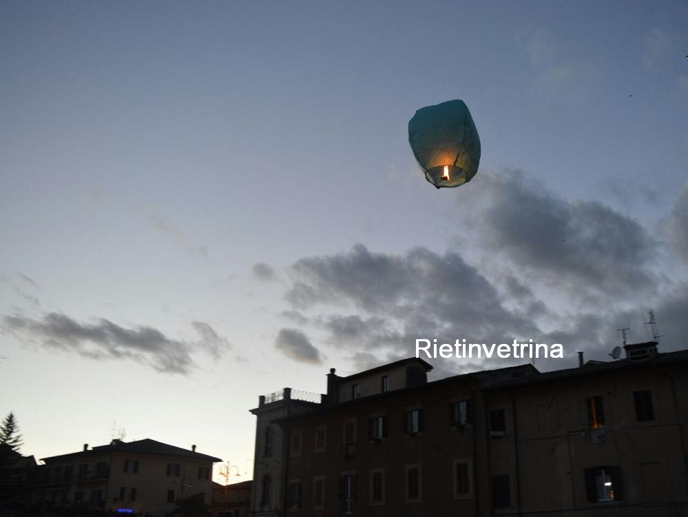 giornata_mondiale_autismo_2018_fiume_velino_lanterne_luminose14